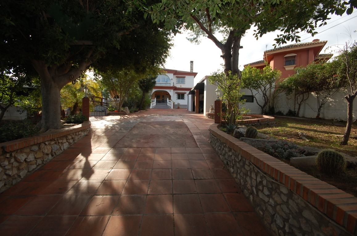 Hus in Alhaurín de la Torre R3097405 3