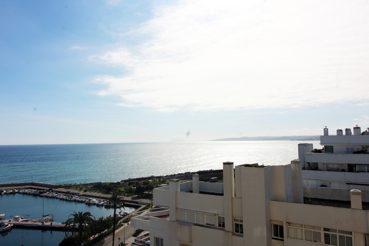 Apartment located in the Puerto Paraiso urbanization, in the immediate vicinity of the beaches, the ,Spain