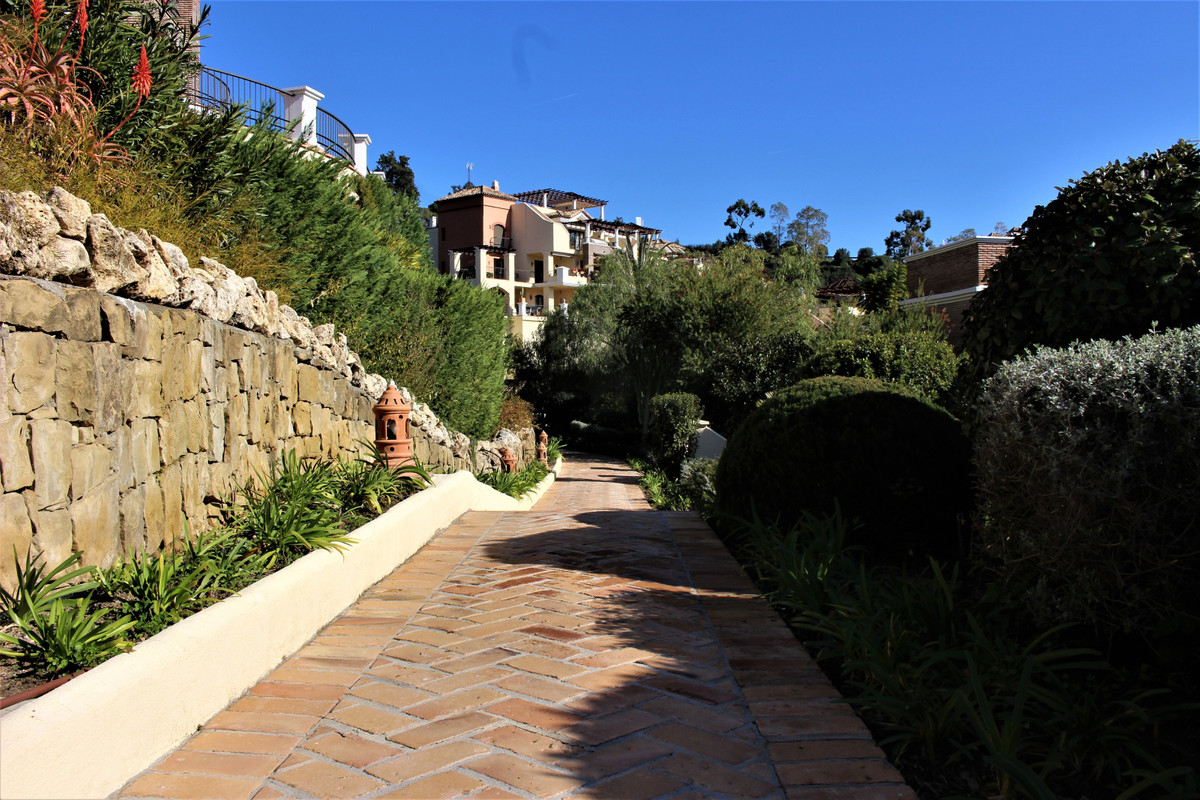 Appartement te koop in Los Arqueros R3586360