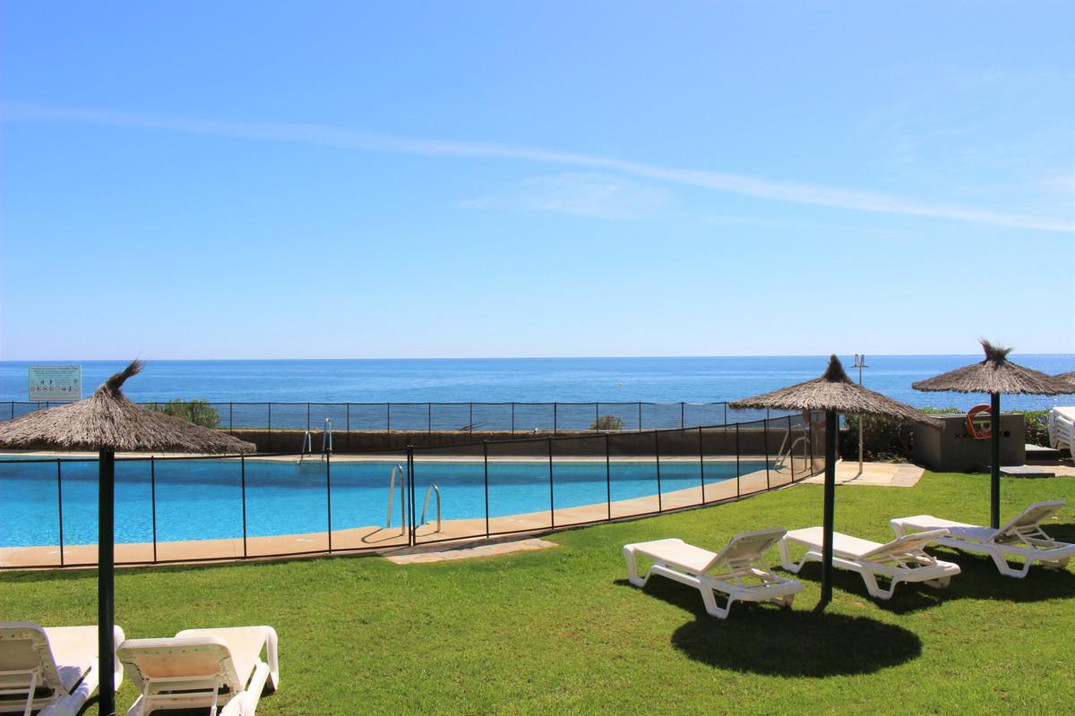 Apartamento Planta Media en New Golden Mile, Costa del Sol