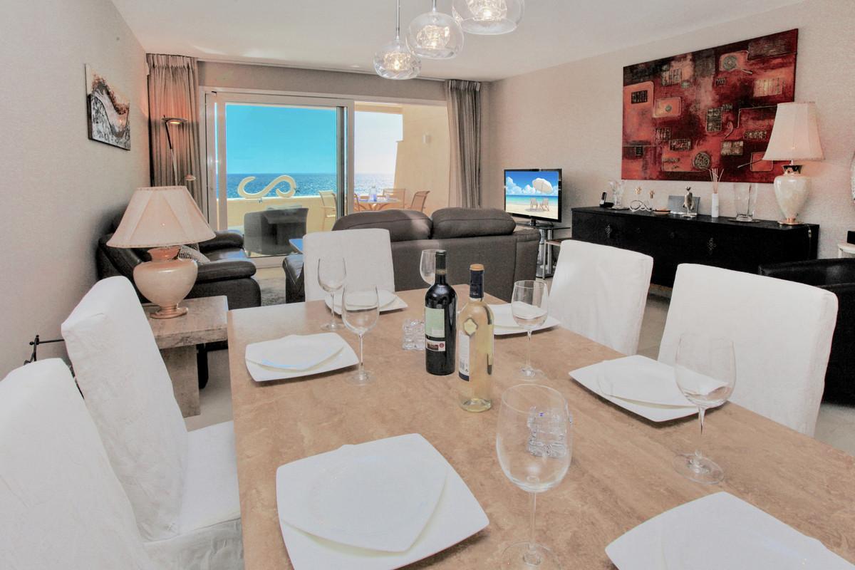 Apartment Middle Floor in New Golden Mile, Costa del Sol