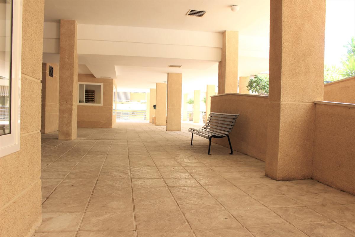 Apartment Middle Floor Marbella Málaga Costa del Sol R3848995 10