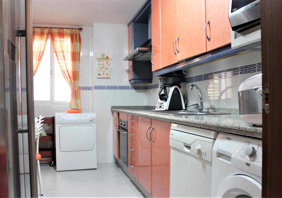 Apartment Middle Floor Marbella Málaga Costa del Sol R3848995 4