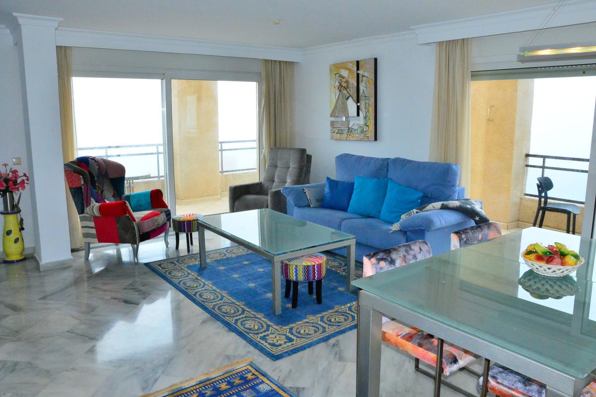 3 bedroom apartment for sale benalmadena