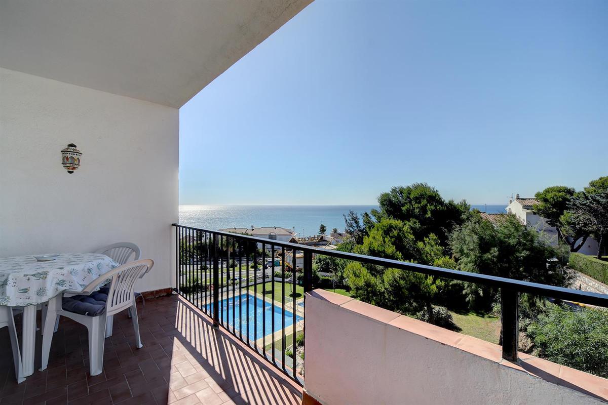 2 bedroom apartment for sale la cala