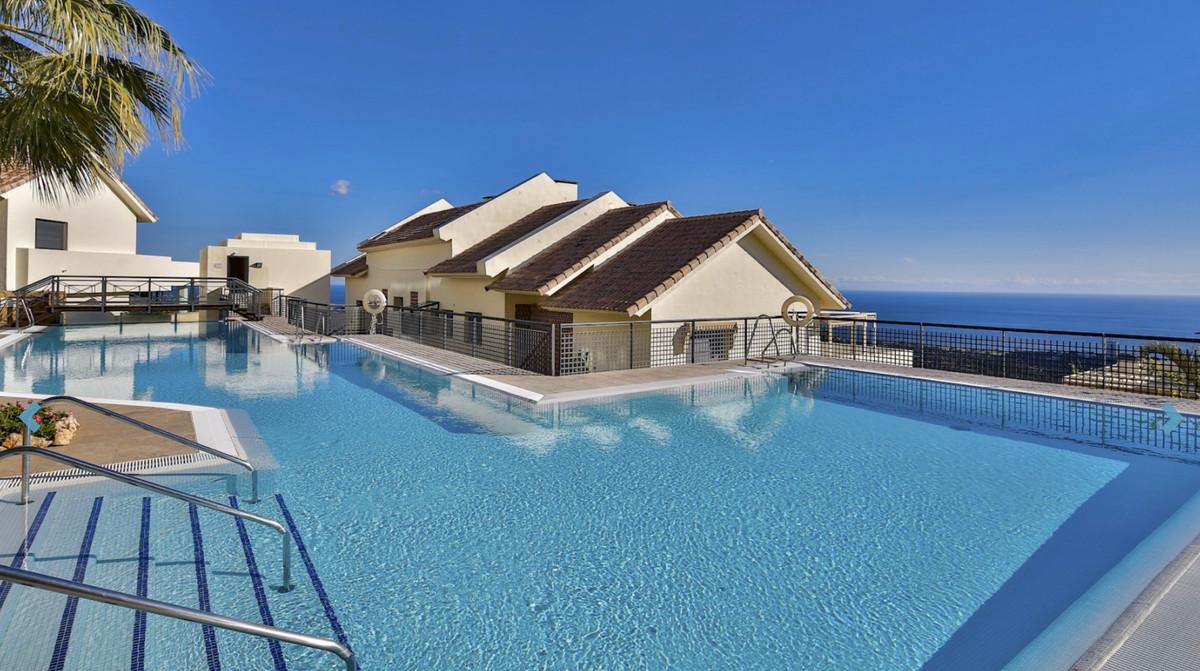 LOS MONTEROS HILL CLUB  We are delighted to present    Middle Floor Apartment, Altos de los Monteros,Spain