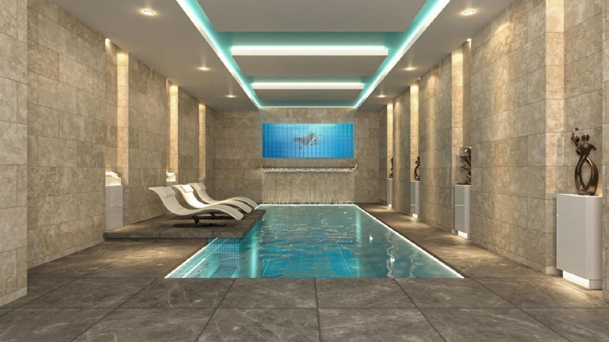 Detached Villa for sale in Nueva Andalucía R3554386