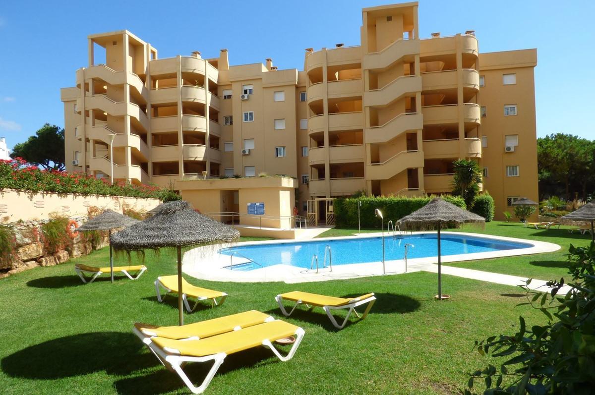 Middle Floor Apartment, Calahonda, Costa del Sol. 2 Bedrooms, 1 Bathroom, Built 51 m², Terrace 22 m²Spain