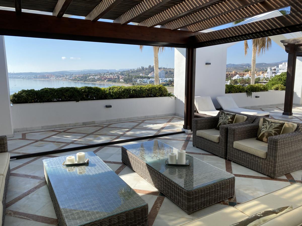 Penthouse Til salg i Estepona R3327595