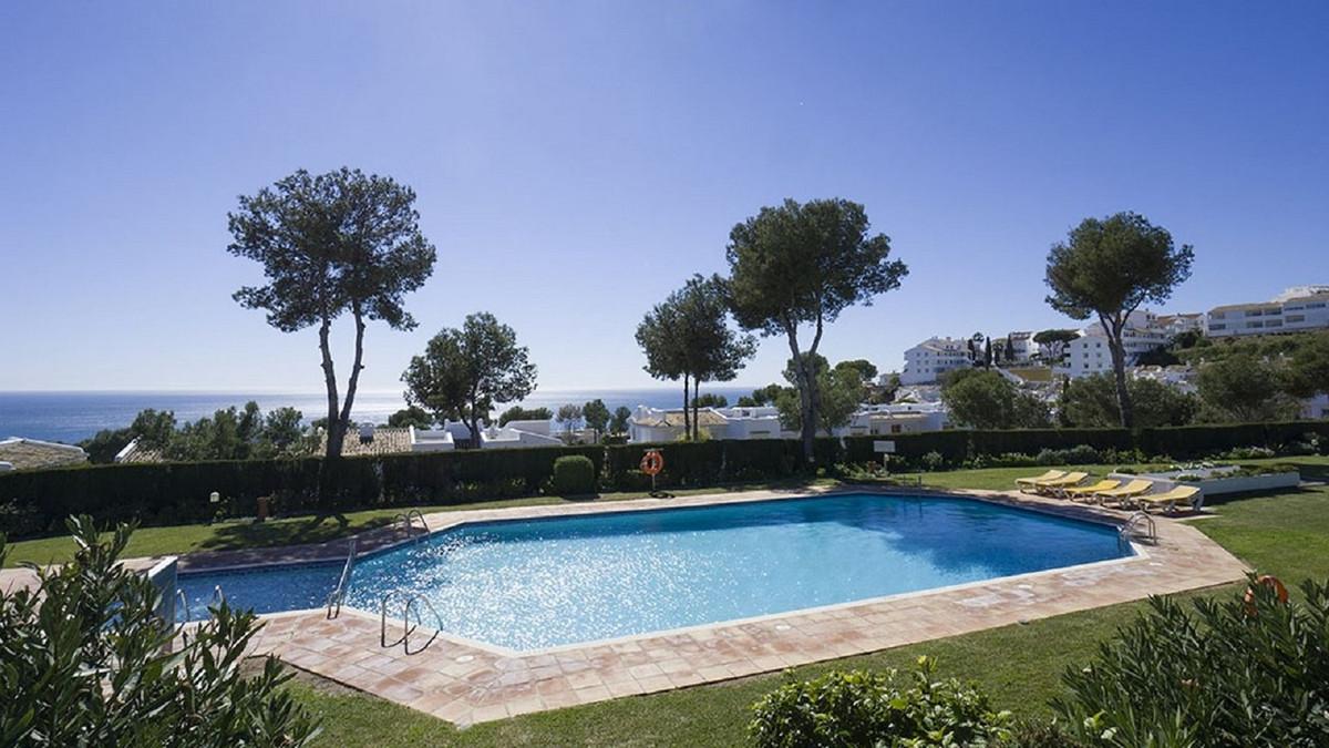 3 bedroom villa for sale miraflores