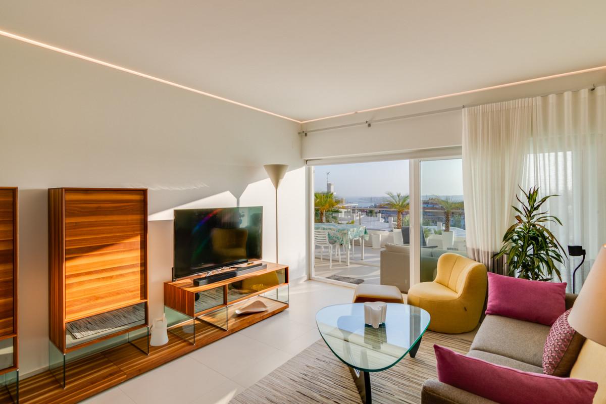 Middle Floor Apartment, Benalmadena, Costa del Sol. 2 Bedrooms, 2 Bathrooms, Built 107 m², Terrace 4,Spain