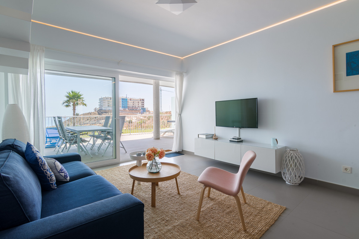 Luxurious 2 bed 2 bath middle floor apartment in the resort Reserva del Higueron.  This luxury apart,Spain