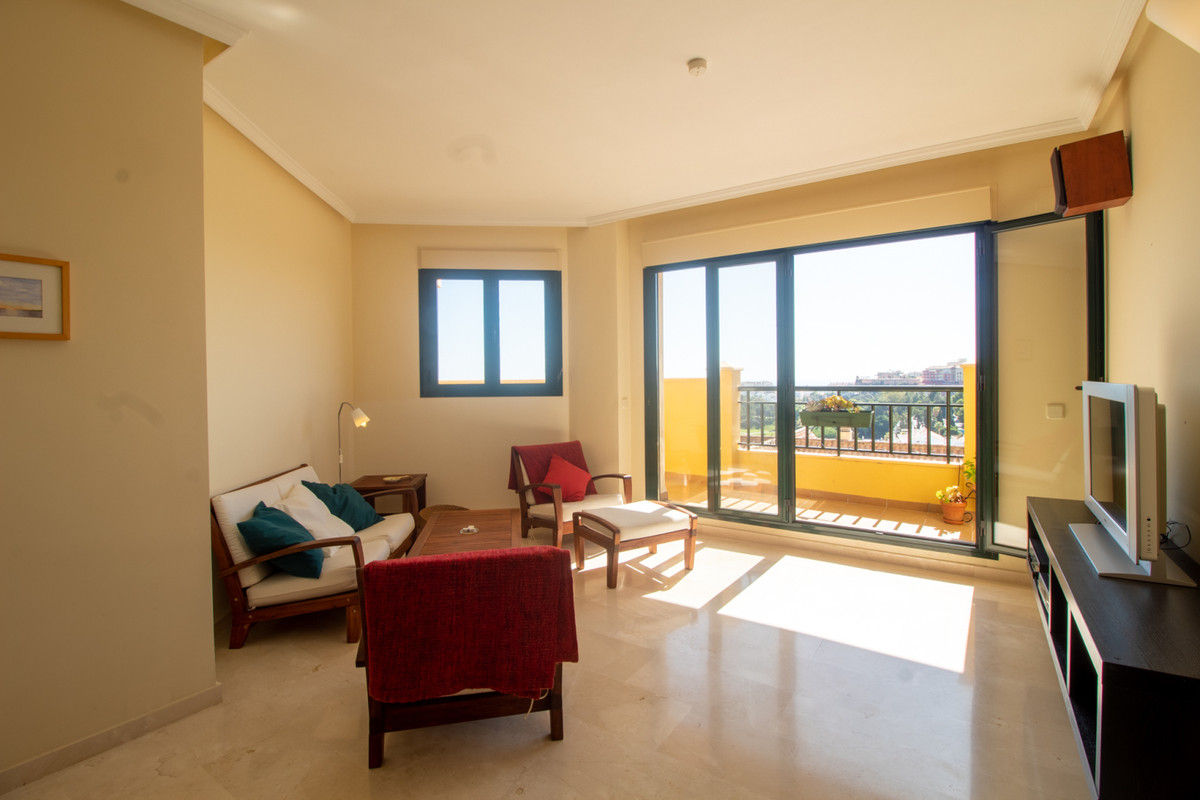 Middle Floor Apartment, Torrequebrada, Costa del Sol. 2 Bedrooms, 2 Bathrooms, Built 75 m², Terrace ,Spain