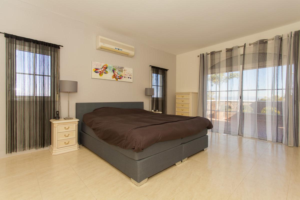 House in Alhaurín el Grande R3506395 21