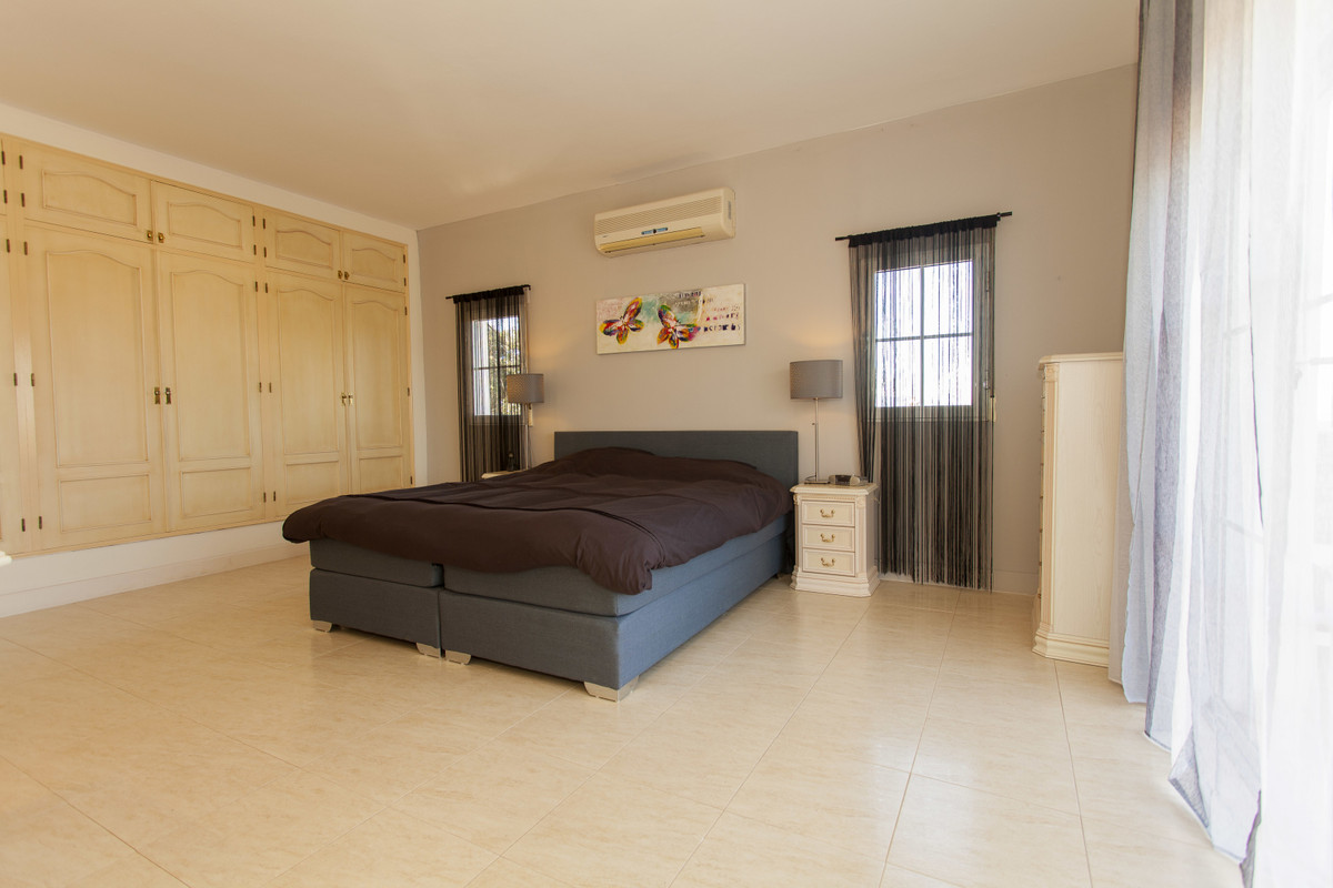 House in Alhaurín el Grande R3506395 22