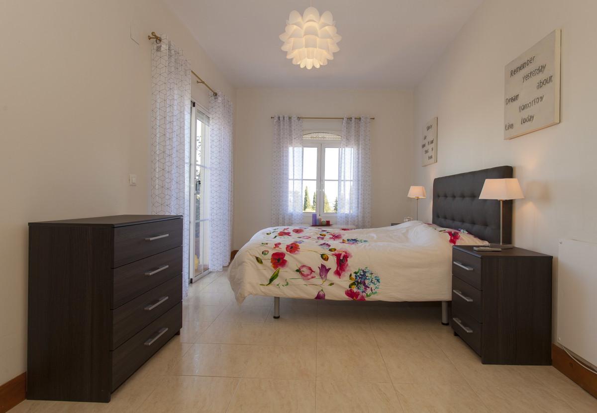 Hus in Alhaurín el Grande R3506395 25