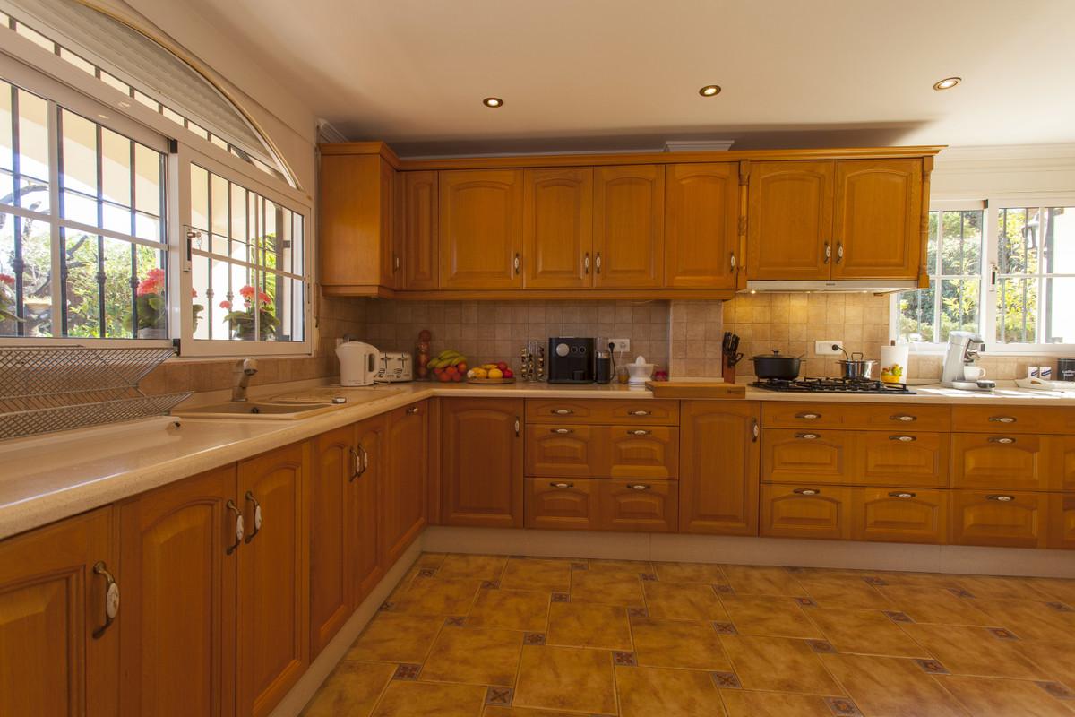 House in Alhaurín el Grande R3506395 32