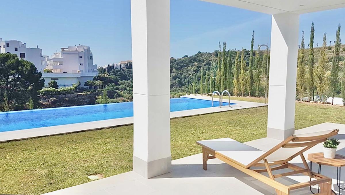 4 dormitorio villa en venta estepona