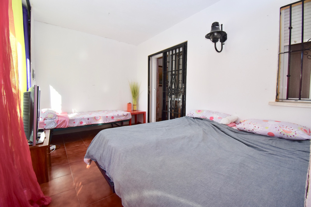 Unifamiliar con 5 Dormitorios en Venta Benalmadena Costa