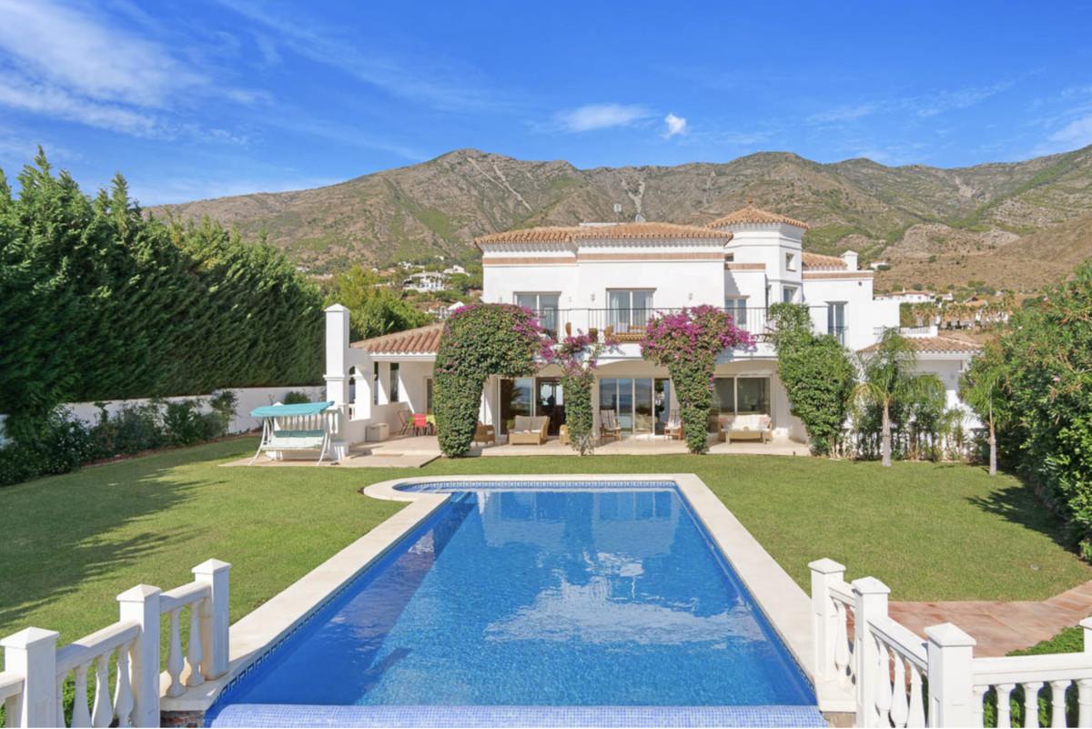 House for Sale in Valtocado, Costa del Sol