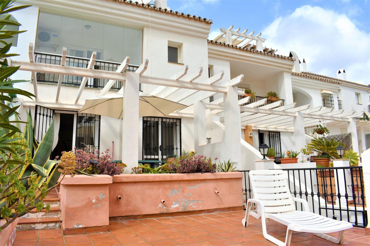 Townhouse, Torreblanca, Costa del Sol. 4 Bedrooms, 2.5 Bathrooms, Built 215 m², Terrace 40 m².  Sett,Spain