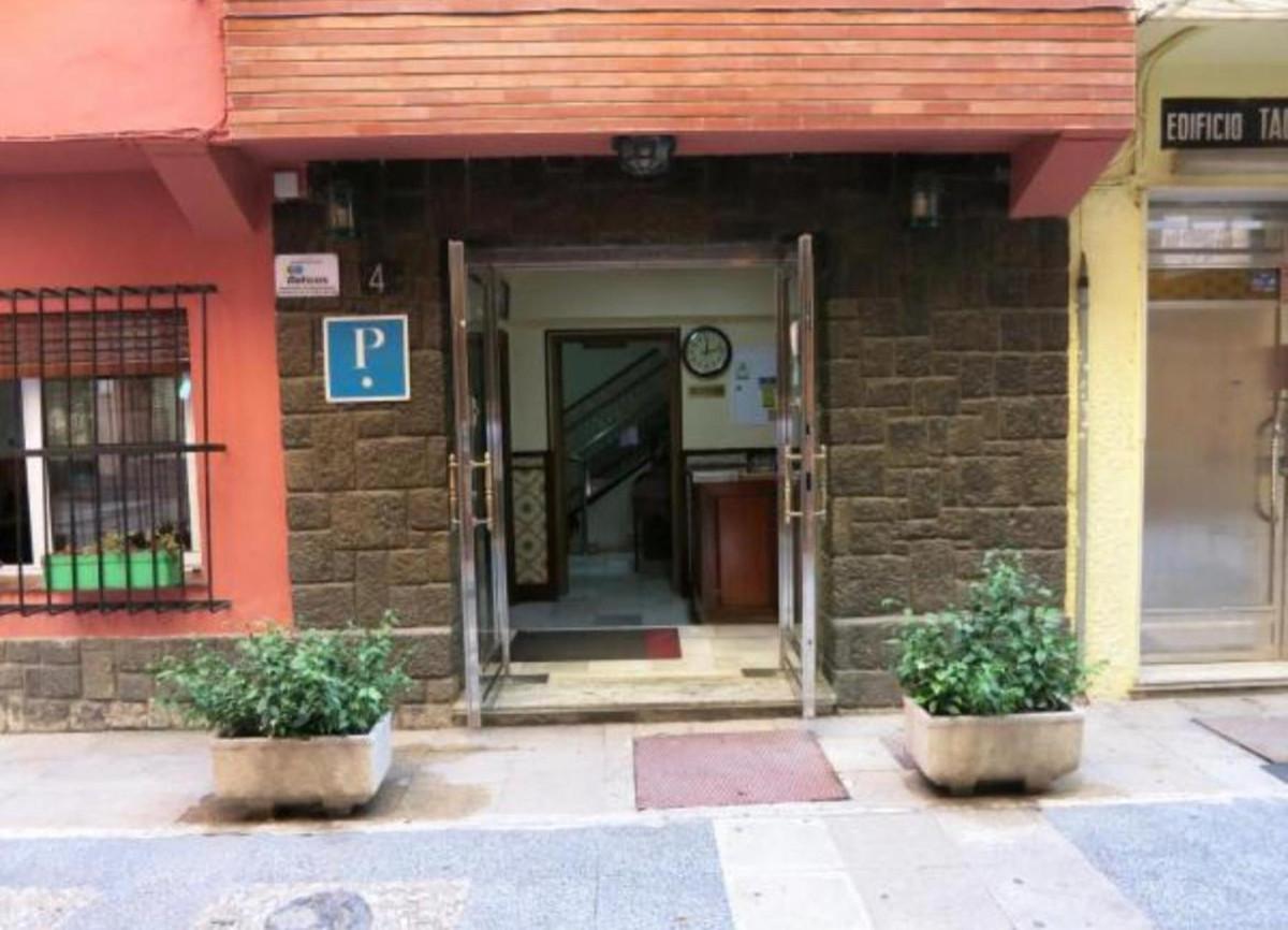 Hostel in the centre of Torremolinos in a pedestrian street walking distance to Calle San Miguel, Pl,Spain
