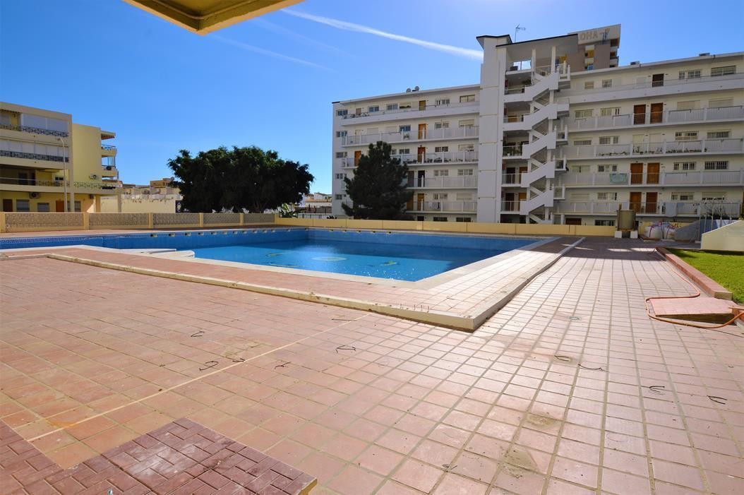 Middle Floor Apartment, Torremolinos, Costa del Sol. 1 Bedroom, 1 Bathroom, Built 75 m².  Setting : ,Spain