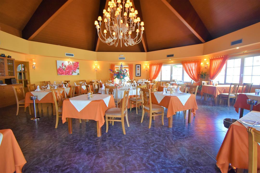 Restaurant, Mijas Costa, Costa del Sol. Built 472 m², Garden/Plot 975 m².  Setting : Commercial Area,Spain