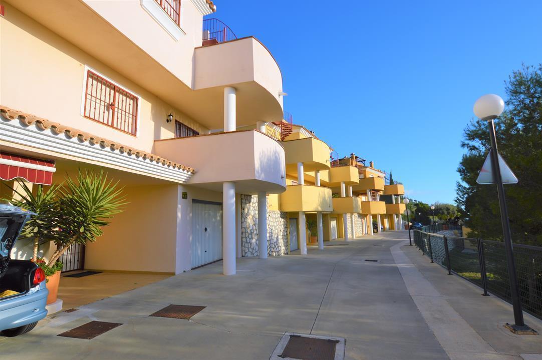 Townhouse, Mijas, Costa del Sol. 3 Bedrooms, 3 Bathrooms, Built 146 m², Terrace 98 m².  Setting : Mo,Spain