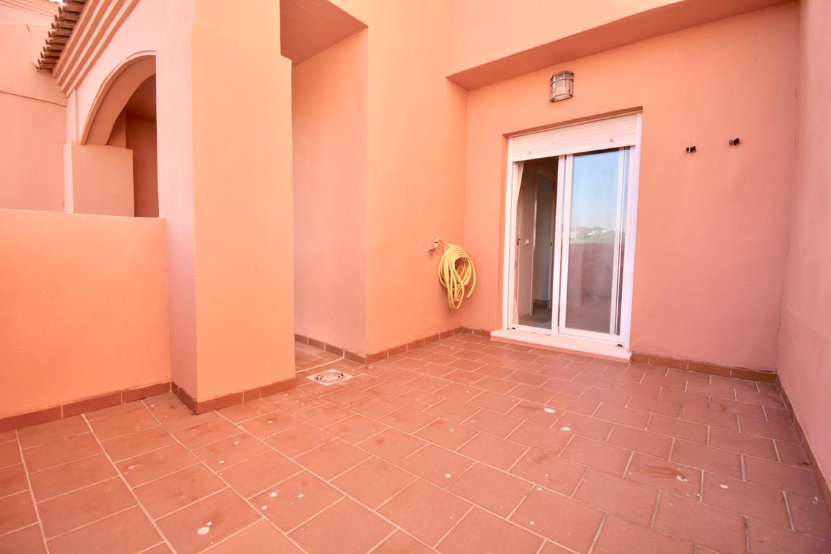 1 Bedroom Penthouse Apartment For Sale La Duquesa