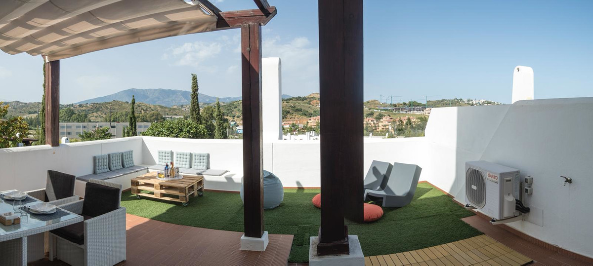 Villa  Semi Detached for sale   in La Cala de Mijas