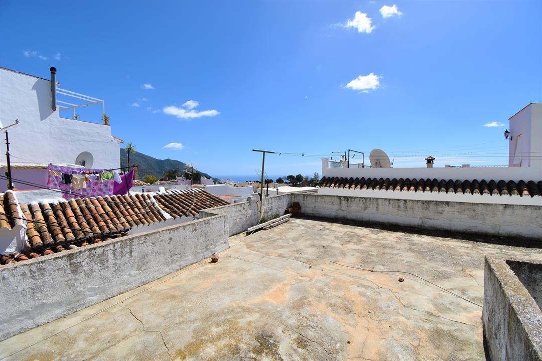 Villa, Semi Detached  for sale    en Mijas