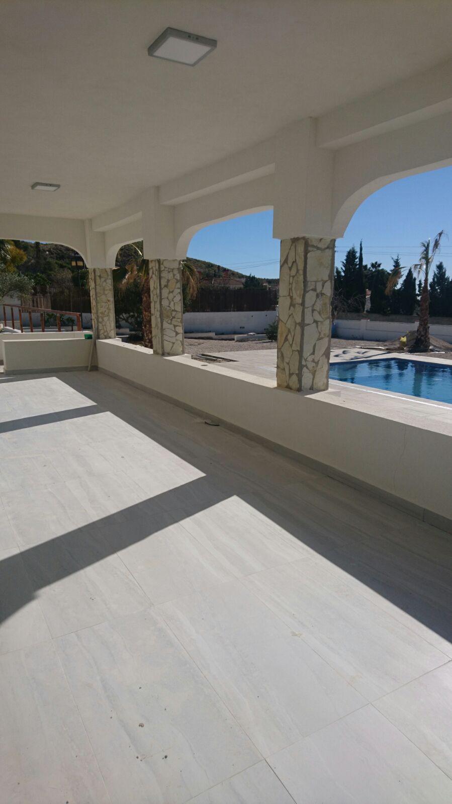 Completely modernised, detached Villa, Busot, Alicante (Costa Blanca). 3 double bedrooms, 2 Bathroom,Spain