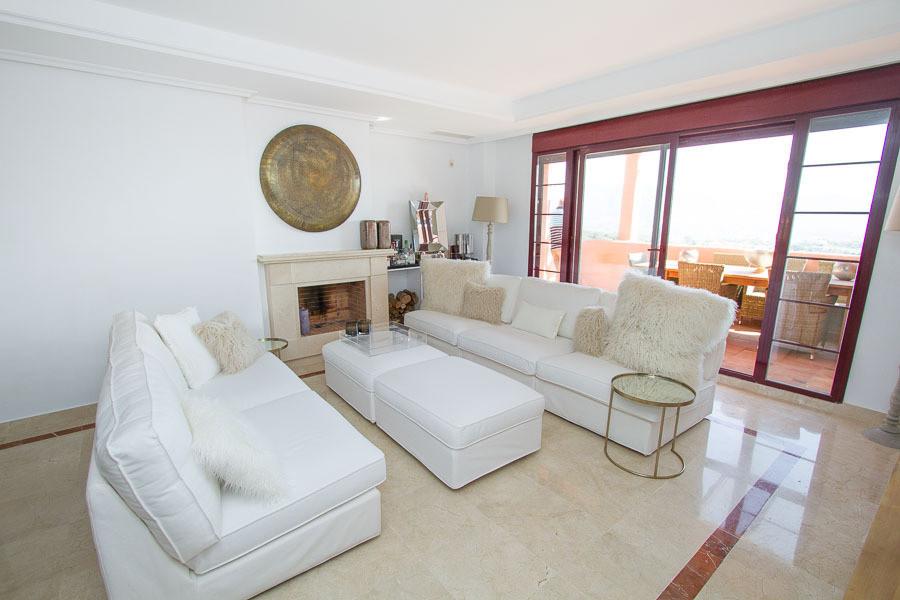 Apartment, La Mairena, 379.000