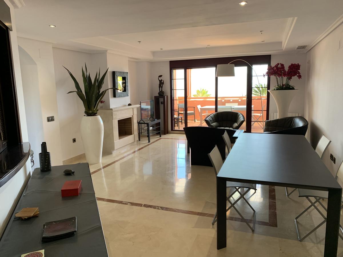 Wonderful show home presented luxury three bedroom, three bathroom, duplex penthouse on the beautifu,Spain