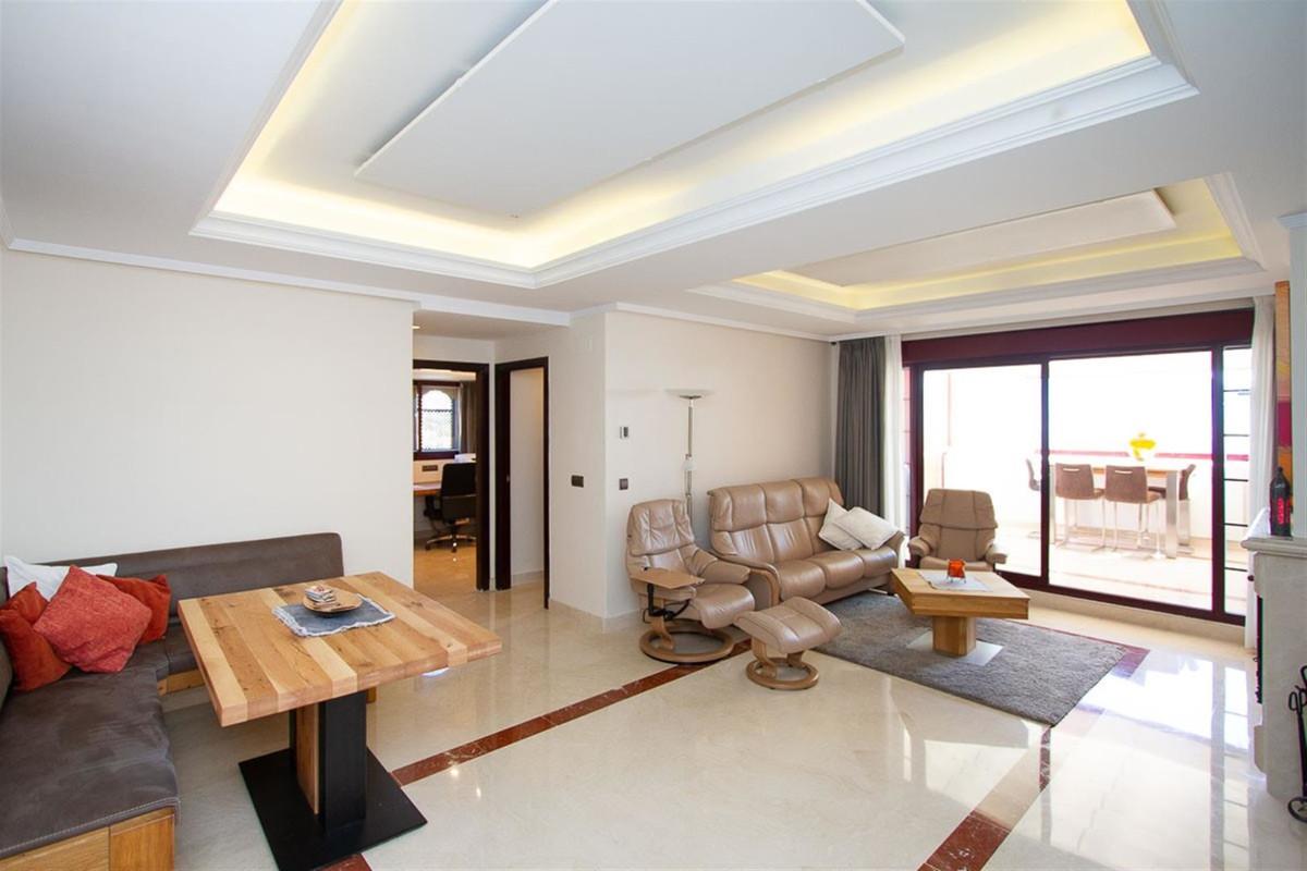 Apartment, La Mairena, 215.000