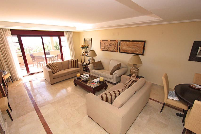 Apartment, La Mairena, 399.000