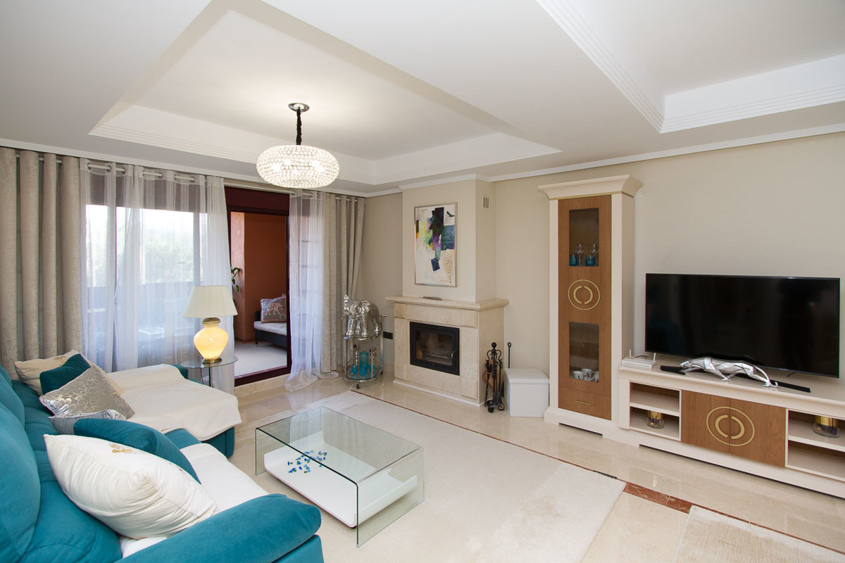Beautiful well presented luxury ground floor apartment set on the wonderful El Soto de Marbella urba,Spain