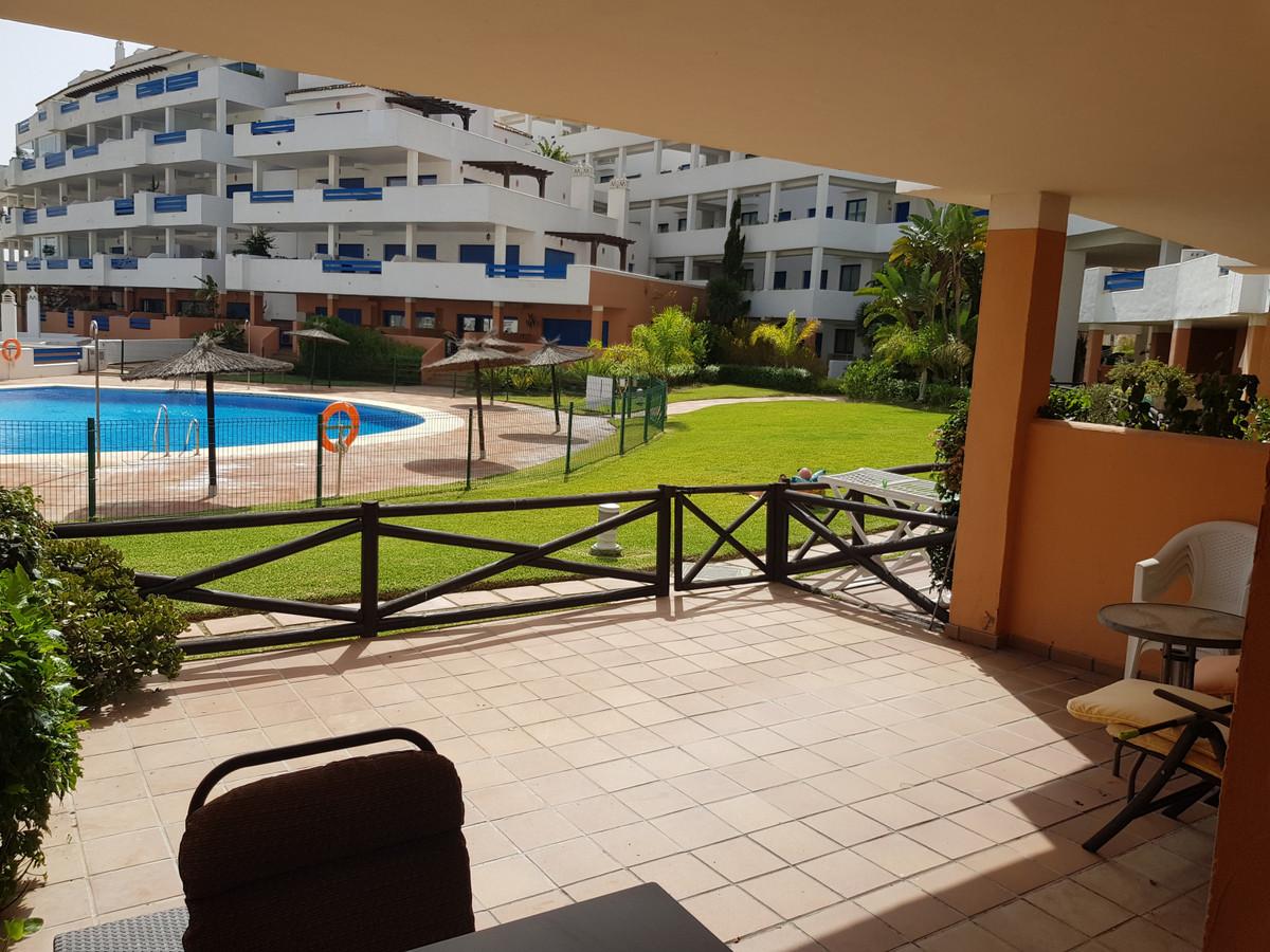 Apartment Ground Floor La Duquesa Málaga Costa del Sol R3668732