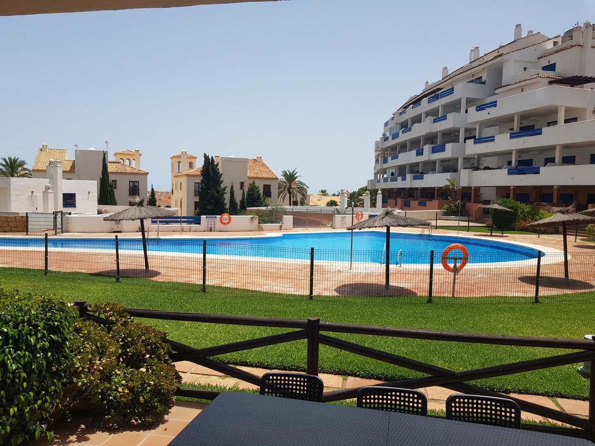 Apartment Ground Floor La Duquesa Málaga Costa del Sol R3668732 9