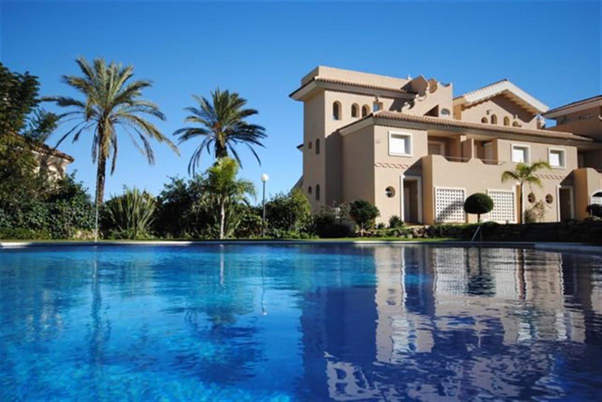 La Vizcaronda - Exceptionally spacious 3 bedroom 2 bathroom townhouses with underground garage for s,Spain