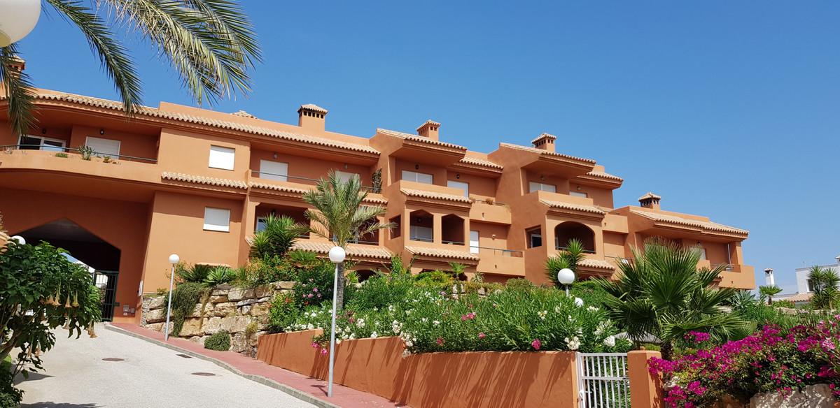 Urb. Princesa Kristina - Lovely South Facing penthouse with large solarium, panoramic views. Penthou,Spain