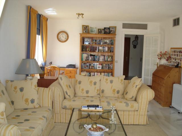 House in La Duquesa R35233 5