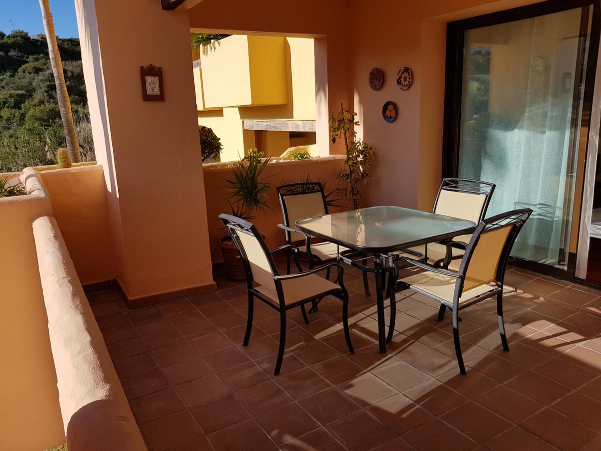 2 Bedroom Middle Floor Apartment For Sale La Duquesa
