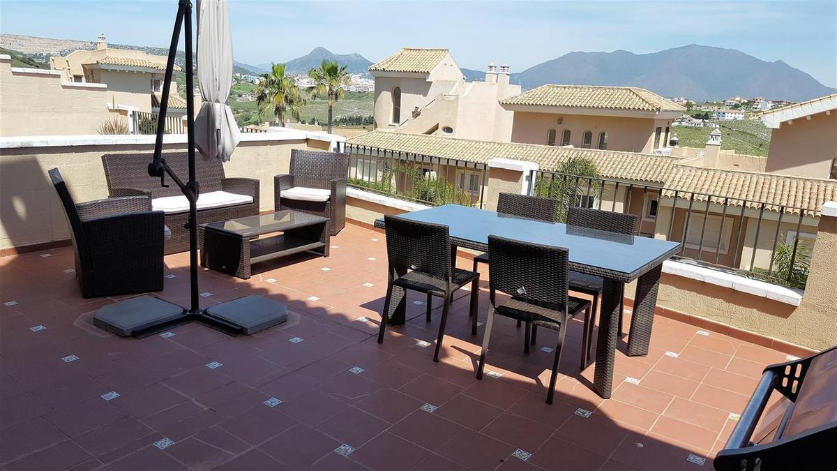 Townhouse, La Duquesa, Costa del Sol. 3 Bedrooms, 2 Bathrooms, Built 148 m², Terrace 80 m², Garden/P,Spain