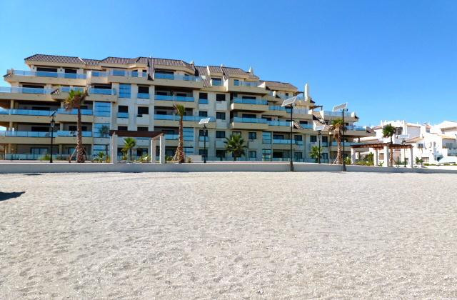 Fantastic Investment Opportunity - All year rental income. Holiday weekly lets from April to October,Spain