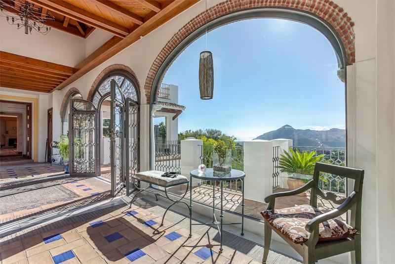 7 Bedroom Villa For Sale - La Zagaleta, Benahavis