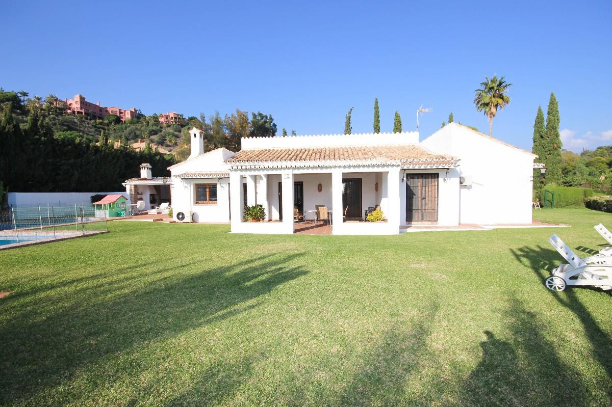 House in Benahavís R2544653 1