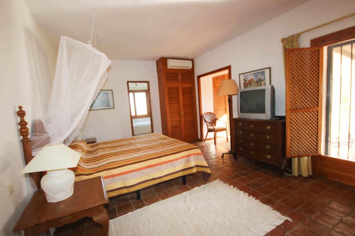 House in Benahavís R2544653 15