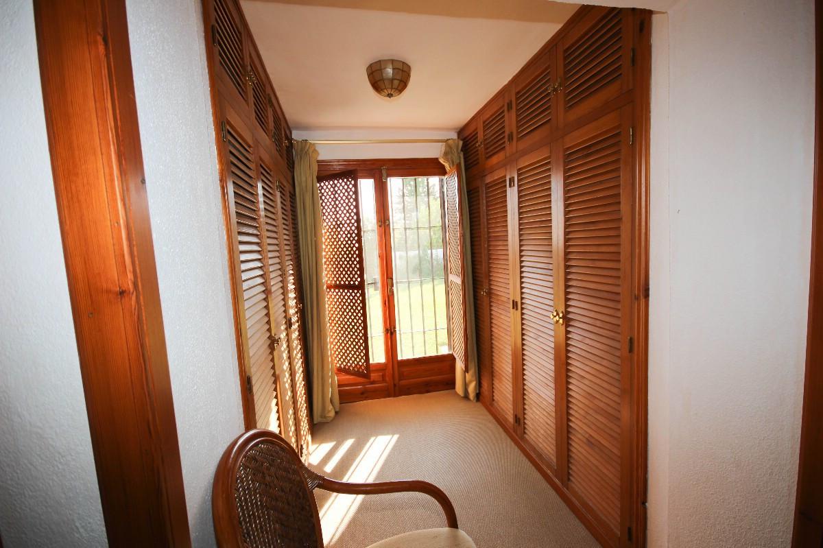 House in Benahavís R2544653 16